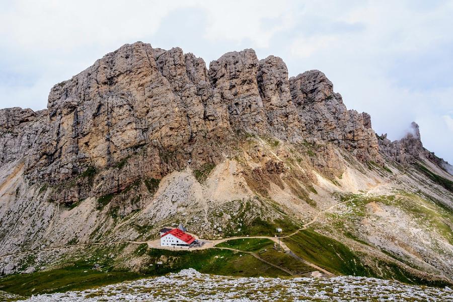 escursione al rifugio alpe di tires da alpe di siusi