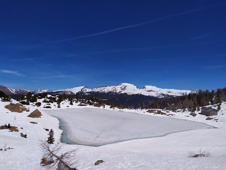 laghi di colbricon inverno