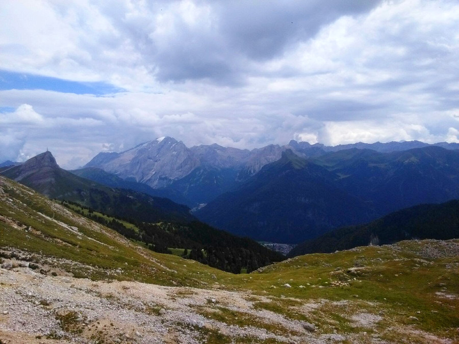percorso dal rifugio bolzano al rifugio alpe di tires