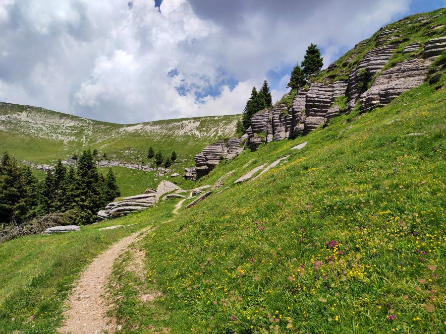 escursione alla città di roccia monte fior