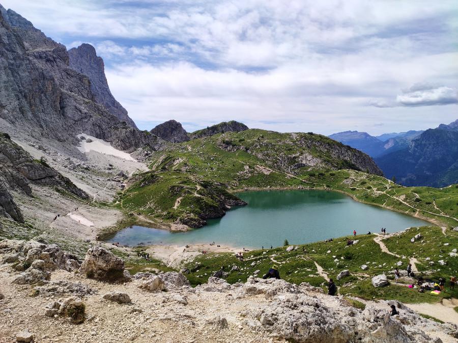 escursione al lago di coldai da rifugio palafavera